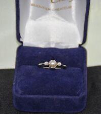 Bague ancienne or blanc diamants et perle