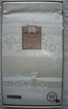 Damask unused tablecloth napkins 60 by 100 set scroll flowers