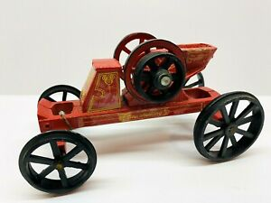 Vintage New Holland Machine Co. Die Cast Toy Tractor  1/8 Scale
