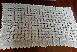Fabulous vintage large white hand crocheted bedspread or tablecloth.