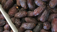 11LB -JUMBO SIZE  MEDJOOL DATES. DELICIOUS AND JUICEY. .  TOP QUALITY DATES .
