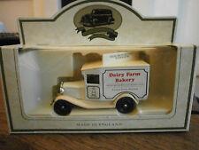Lledo días GONE Modelo A Ford Van con granja lechera calcomanías de panadería