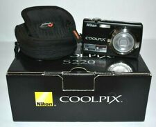 Nikon COOLPIX S220 10.0MP Digital Point & Shoot Camera w/Box, Charger & Battery