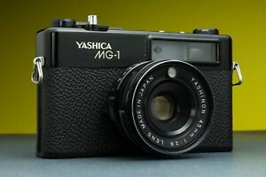 Yashica MG-1 Vintage Film Rangefinder Camera Yashinon 45MM f/2.8 1970s Lomo CASE