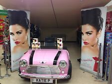 Celebrity Style Classic Mini Desk In Pink Photo'd @ Katie Price Signing Kissable