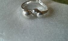 Unusual Handmade Sterling Silver Wishbone Ring with Assorted Silver Balls UK-P