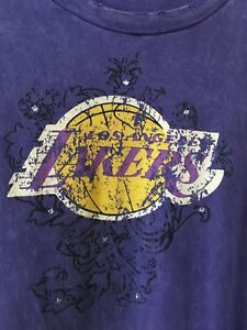 Los Angeles Lakers Majestic Bling Distressed Washed T-shirt Womens XL