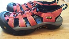 Keen Newport H2 Red Womens Waterproof Sandals Size 8.5 Excellent Condition