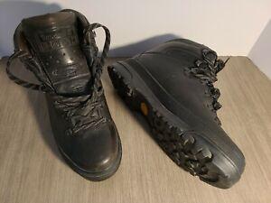 Vintage 90s TIMBERLAND Hiking Boots. Mens sz 10m. Black LEATHER. Vibram Gore-Tex