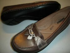 Clarks Ashland Bubble Leather Slip-On Loafers Women's Shoes 7 W Pewter 7W