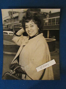 "Original Press Photo - 10""x8""- Peri Grist - Opera Singer - 1980's"