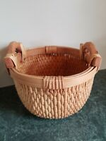 "Vintage Handmade Rattan Wicker Basket with Wood Handles 6"" Deep 9"" Round"
