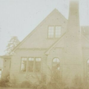 Portland Oregon 1920s House 2834 NE Cesar E Chavez Blvd Side View Photo J135