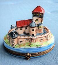 Peint Main Limoges France Medieval Castle W/ Mote Trinket Box