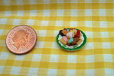 DOLLS HOUSE FOOD - MINIATURE CHRISTMAS BISCUITS ON CHINA PLATE
