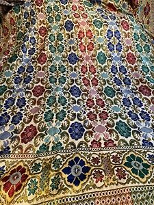 """VINTAGE WOVEN PATTERNED BED THROW 66"""" x 80"""" 3 OF 3"""