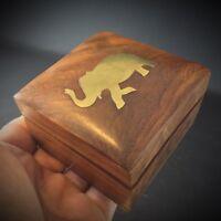 Boîte à bijoux vintage 70 bois précieux éléphant laiton incrusté Rajasthan, Inde