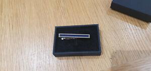 Hugo Boss - Tie clip with enamel core - Blue (#50312047)