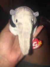 Ty Beanie Baby Ants Anteater November 7, 1997 Retired grey tag protector
