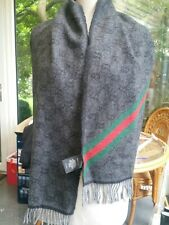 Authentic GUCCI SCARF. WOOL/ALPACA. GREY.MADE IN ITALY.