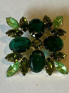 Vintage Nice Green Rhinestone Brooch Pin Goldtone