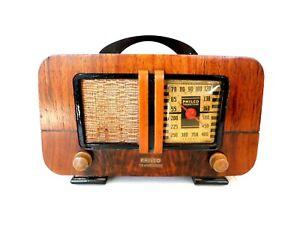 VINTAGE 1940s RESTORED PHILCO EAMES ERA MID CENTURY OLD ANTIQUE RADIO WORKING