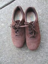 WOMENS SAS BROWN SUEDE OXFORDS SIZE 6.5 W (FREE TIME)