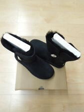 NEW - WOMEN'S BAILEY BUTTON BLING  UGG - SIZE 5 - BLACK - #1016553 $195.00