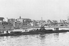 WW1 - Sous-marin français dans le port de Brindisi