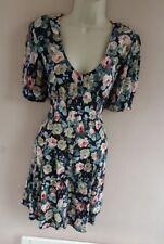 Beautiful Vintage Size 12 Button Through Ditsy Floral Boho Tea Dress Vtg