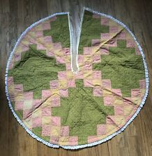"Quilted/Patchwork Round 34"" Christmas Tree Skirt MINT!"