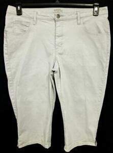 Riders by lee gray denim spandex stretch multi pockets capri jeans 20WM