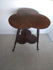 Vintage Clover Leaf Rustic Wooden End Table Plant Stand GLASS BALL CLAW FEET