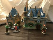 """Lot Department 56 Disney Parks Village """"Mickey'S Christmas Carol"""" with Family!"""
