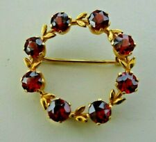 Pretty 9ct Gold and Garnet Garland Brooch Free Postage