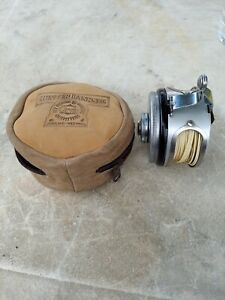 Vintage Shakespeare 1836 Automatic Fly Fishing Reel With Case, model EC