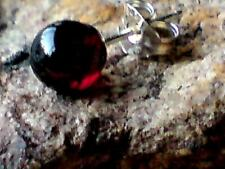 SINGLE STERLING SILVER 6mm. BALL STUD EARRING WITH GARNET STONE £3.95 NWT