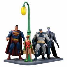 DC Collectibles Batman The Dark Knight Returns Action Figures Group Set