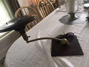 Vintage Mid Century Modern Saucer Atomic Age MG Wheeler Desk Lamp Works BROWN