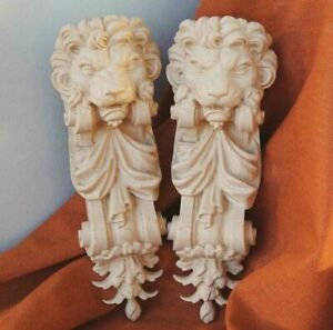 Pair of wood carving Corbels Lions