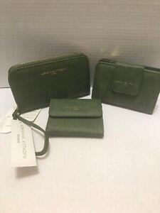 Adrienne Vittadini Studio 3 PIECE WAllET GREEN Distressed PVC NEW