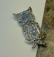Vintage light Blue Rhinestone Owl Brooch Pin Silvertone