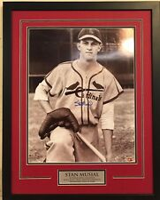 FRAMED SIGNED STAN MUSIAL ST. LOUIS CARDINALS 16x20 PHOTO STAN THE MAN HOLO