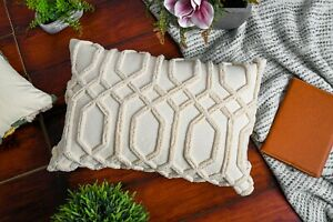 Cotton Abstract Shaggy Pattern Ivory Cushion Covers 16X24 Inches
