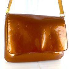 LOUIS VUITTON THOMPSON STREET Shoulder Bag Purse Monogram Vernis M91124 Bronze