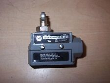 NEW ALLEN BRADLEY 802B-A290-0218-00 SERIES A LIMIT SWITCH