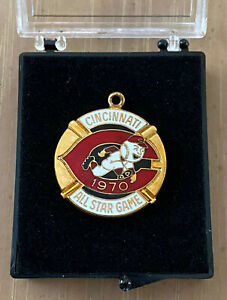 VINTAGE 1970 MLB BASEBALL ALL STAR GAME PRESS PIN PENDANT CHARM With Case - REDS