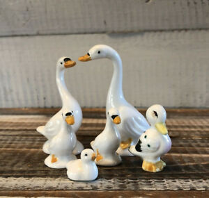 Lot 6 Vintage Miniature Bone China White Swan & Duck Bird Family Figurines