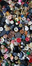 LARGE LOT / 3 LBS VINTAGE BUTTONS UNPICKED/UNTESTED ESTATE LOT