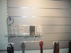Lamellenwand Lamellenwände MDF Wand Paneele weiß   mit 7  Aluschienenn 60x120 cm